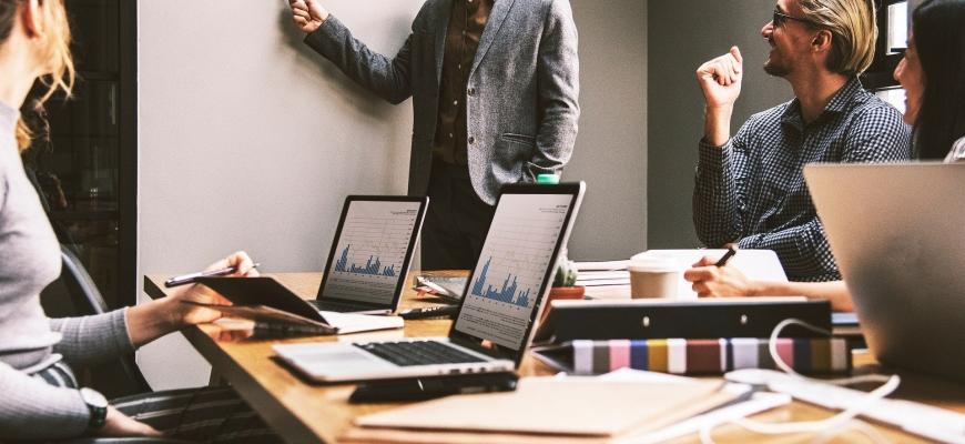 Подпомагане на консултантска дейност чрез онлайн обучения